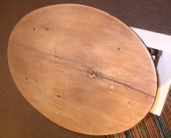 New England Oval Top Tavern Table